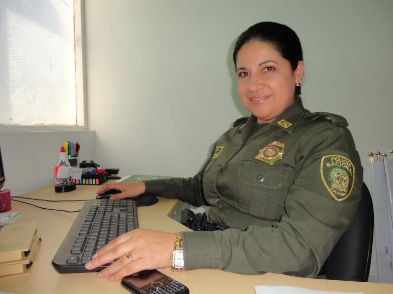 Jefe de oficina de incorporaci n de la regi n 5 de polic a visita arauca noticias la voz del - Oficina policia nacional ...